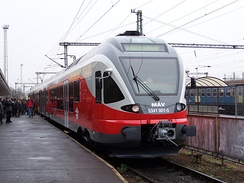 MÁV-Start series 415 FLIRT (old red livery)