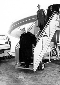 Welles in Madrid during the filming of Mr. Arkadin in 1954