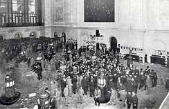 The floor of the New York Stock Exchange in 1908
