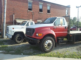 Class 6 2002 Ford F-650 in front (GVWR: 26000 lb), 1989 Ford F-600 in back (GVWR: 20,200 pounds (9.2 t)