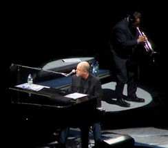 Joel performing at Madison Square Garden, circa 2006.