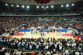 Interior of PalaLottomatica, during a game of Virtus Roma, in 2006