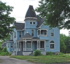 The site of a National Register of Historic Places-listed house at 1514 N Michigan, in Saginaw, as it appeared in July 2010.