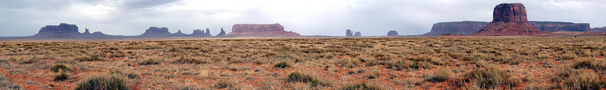 2011-MonumentValley-panoram.jpg