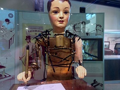 Maillardet's automaton was an inspiration for the design of the automaton in the film.