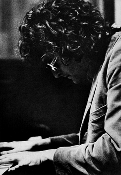 Newman playing piano in 1972