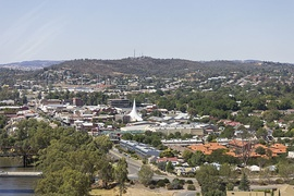 Aerial view of Central Wagga Wagga.jpg