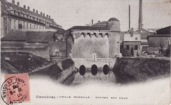 Entry of the Scheldt into the city through the gate of Arquets (postcard from the early 20th century)