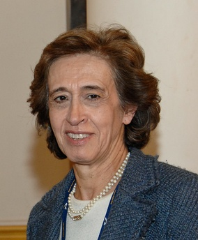 Manuela Ferreira Leite was Minister of Finance from 2002 to 2004, in the cabinet of José Manuel Durão Barroso.