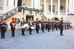 The Alto Peru Fanfare Band of the Argentine Regiment of Mounted Grenadiers is an all-brass mounted band.