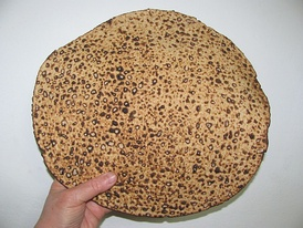 Hand made shmura matzo