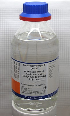 Sample of acetic acid in a reagent bottle