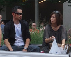 Ichiro and his wife Yumiko at the 2009 Red Carpet All-Star Parade