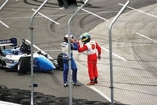 Paul Tracy and Sébastien Bourdais in a confrontation at the 2006 Denver Grand Prix