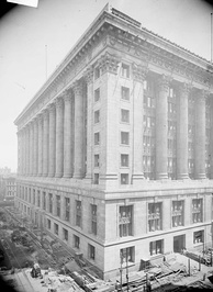 Chicago City Hall, shortly before construction was completed in 1911.