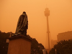 Dust storm over Sydney CBD with the Sydney Tower in background (September 2009).
