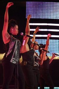 En Vogue performing during the Essence Music Festival in 2009.[29]