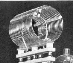High Q tank coil in a shortwave transmitter