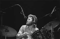 Helm with the Band at the Santa Cruz Civic Auditorium, 1976 Photo: David Gans