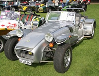 1982 Caterham 7 Silver Jubilee edition - Flickr - exfordy.jpg