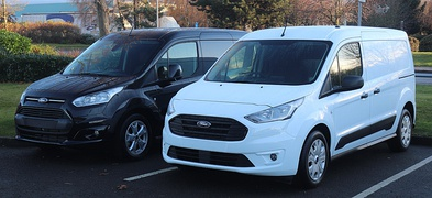 Pre and post-facelift Ford Transit Connect (UK)