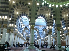 Inside view of Masjid an-Nabawi