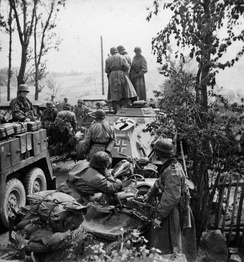 Motorized troops of the division during Operation Barbarossa in September 1941