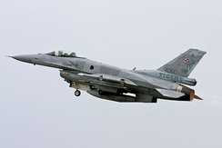 A F-16C on take off