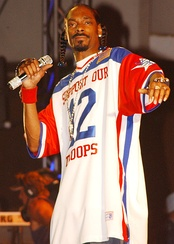 Snoop Dogg performs in Hawaii for U.S. military members in 2005.