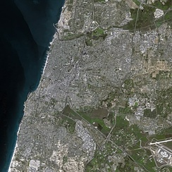 Tel Aviv seen from space in 2003
