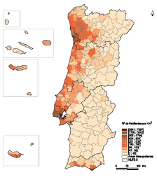 A map of Portugal showing the population density (number of inhabitants / km²) by municipality
