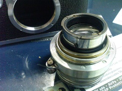 Collapsible Leica rangefinder lens