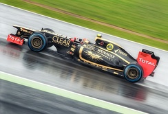 Heavy rain forced the suspension of qualifying for the British Grand Prix.