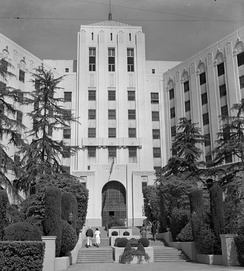 Entrance to old Cedars of Lebanon Hospital, 1956