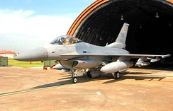 77th FS F-16C Block 50, 94–0046, at Incirlik AB, Turkey, 12 April 2003 after Operation Iraqi Freedom.