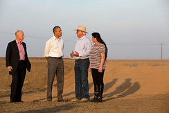 President Barack Obama discussing the drought in California with farmers, 2014