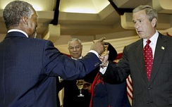 Mbeki with U.S. President George W. Bush, July 2003