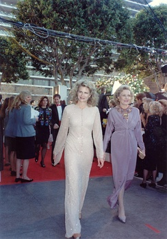 Candice Bergen and her mother Frances Bergen at the 62nd Academy Awards March 26, 1990