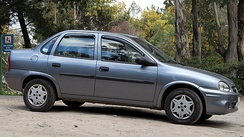 Chevrolet Corsa was the first model launched by GM after its return to Argentina. It became very popular, with more than 650,000 units produced