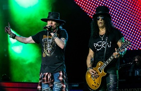 Slash and Axl Rose in 2017