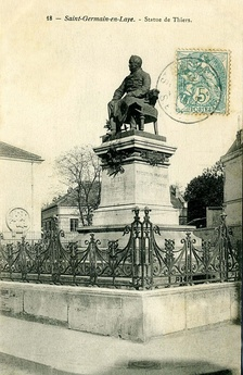 A statue of Thiers in Saint-Germain-en-Laye (about 1900)