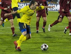 Iniesta playing against Rubin Kazan in the UEFA Champions League, October 2009.