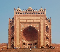 Buland Darwaza was built by Akbar the Great to commemorate his victory over the Gujarat Sultanate.