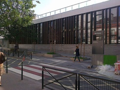 A large number of educational institutions bear the name of Jacques Prévert (Here, the lycée Jacques-Prévert in Boulogne-Billancourt)
