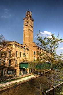 Saltaire Salts Mill 1.jpg