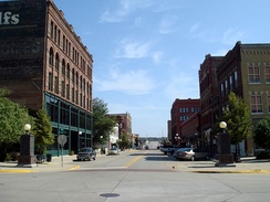 Fourth Street Historic District, in Woodbury County