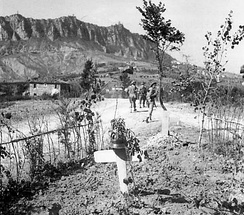 British troops at Monte Titano during the battle of San Marino, September 1944