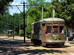 Two 900-series Perley Thomas streetcars in New Orleans