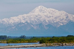 Highest peak in the country, Denali