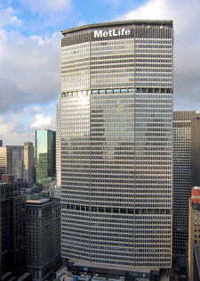 The PanAm building (Now MetLife Building) in New York, by Walter Gropius and The Architects Collaborative  (1958–63)